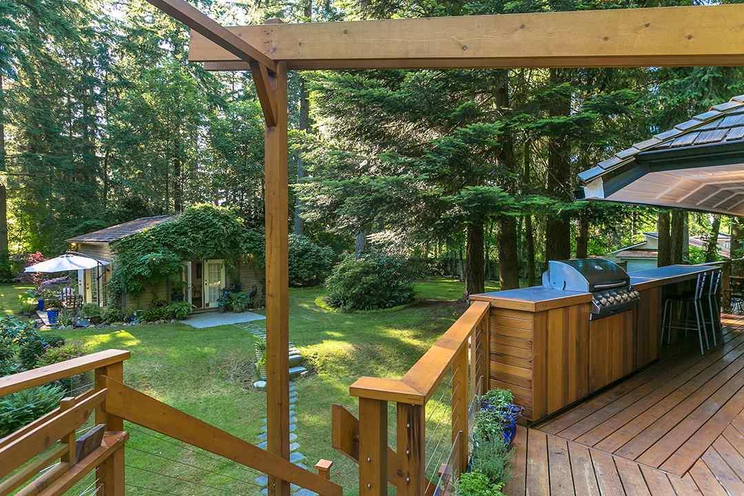 Detached at 2585 141 STREET, South Surrey White Rock, British Columbia. Image 7