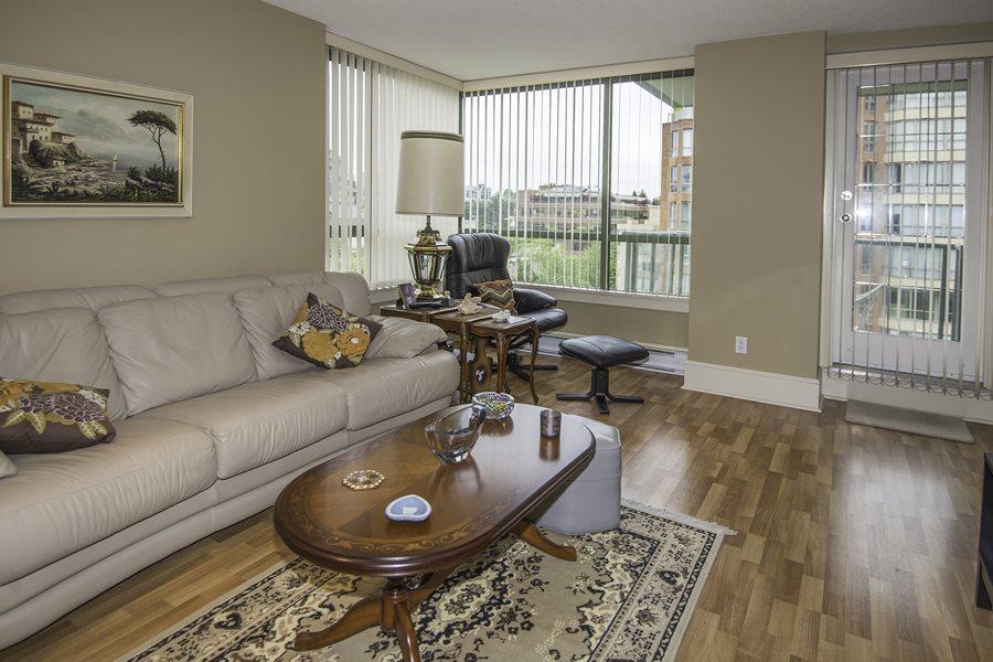 Condo Apartment at 707 2288 PINE STREET, Unit 707, Vancouver West, British Columbia. Image 3