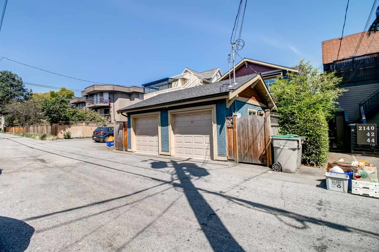 Half-duplex at 2150 W 3RD AVENUE, Vancouver West, British Columbia. Image 20