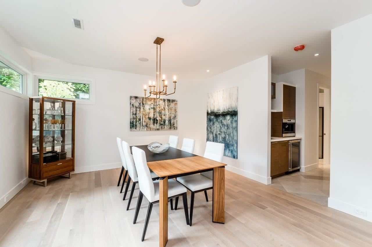 Detached at 2707 COLWOOD DRIVE, North Vancouver, British Columbia. Image 2