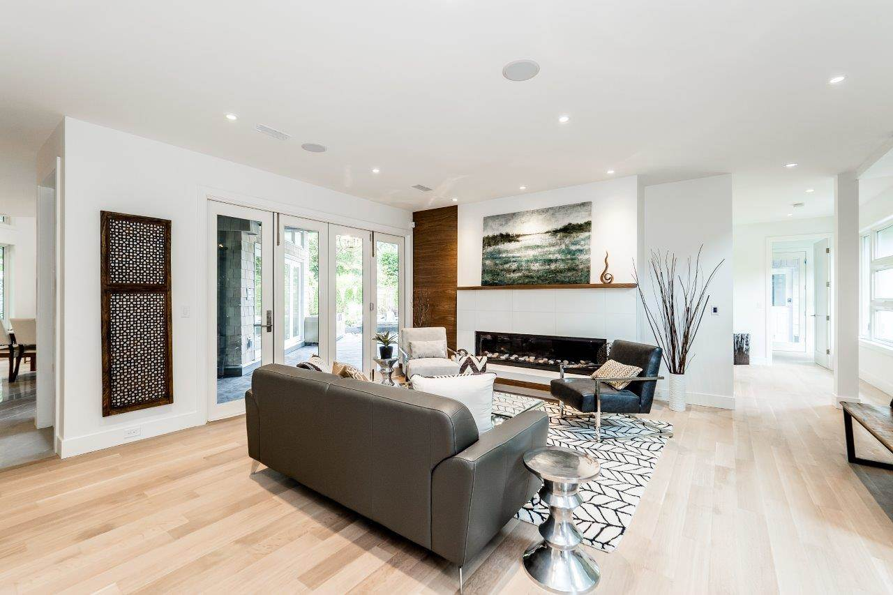 Detached at 2707 COLWOOD DRIVE, North Vancouver, British Columbia. Image 3