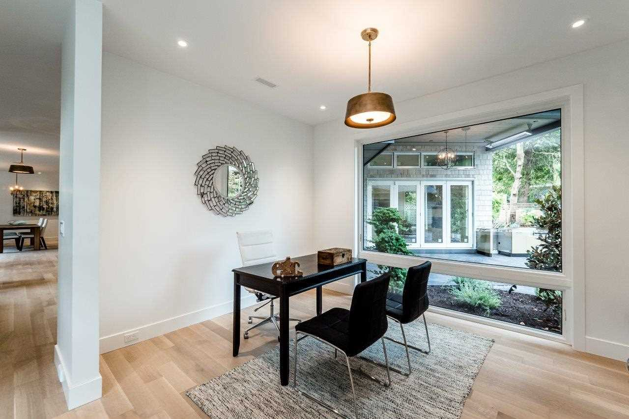 Detached at 2707 COLWOOD DRIVE, North Vancouver, British Columbia. Image 4