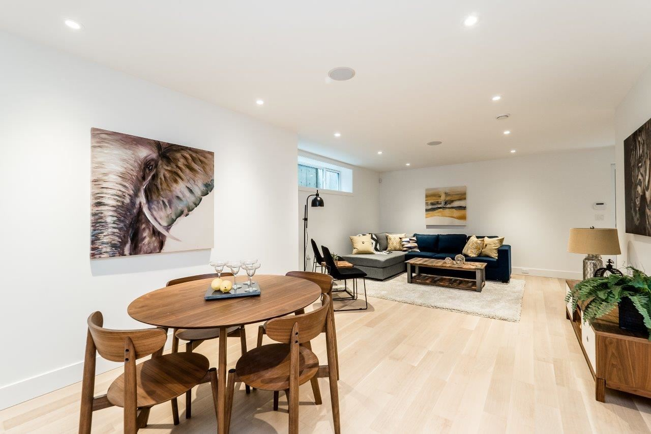 Detached at 2707 COLWOOD DRIVE, North Vancouver, British Columbia. Image 14