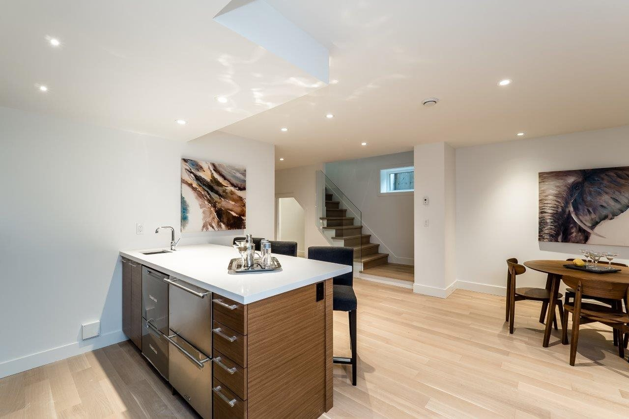 Detached at 2707 COLWOOD DRIVE, North Vancouver, British Columbia. Image 15