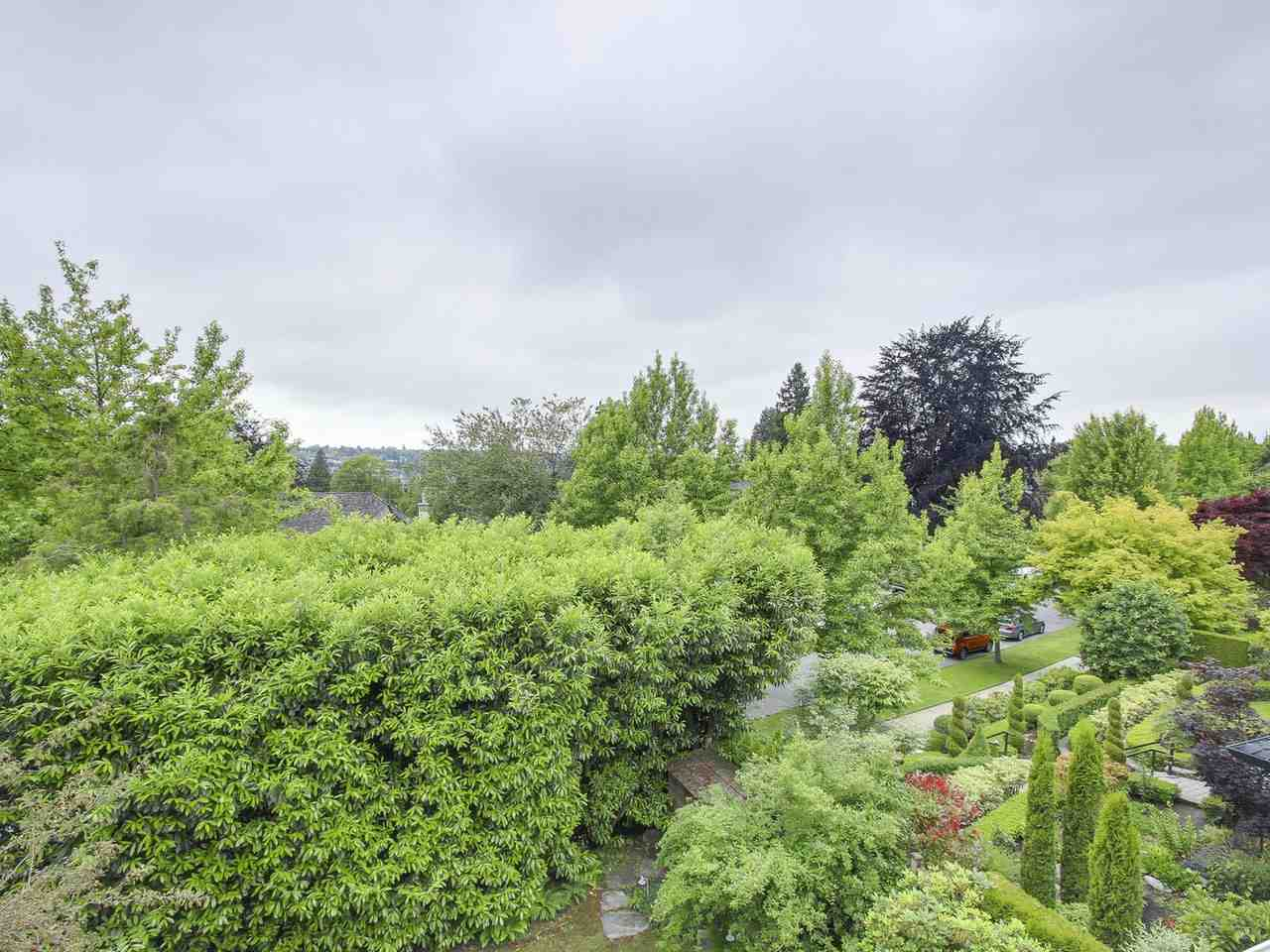 Detached at 4490 PINE CRESCENT, Vancouver West, British Columbia. Image 3