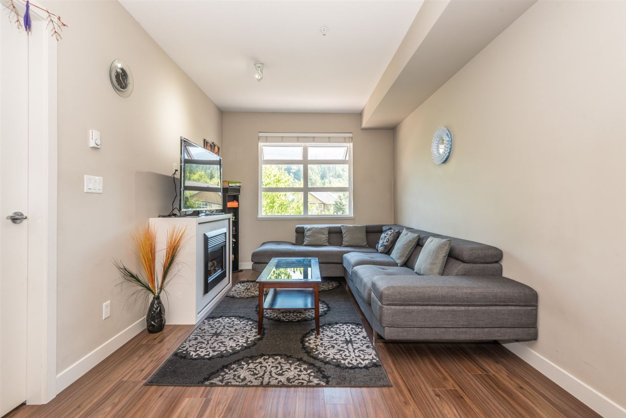 Condo Apartment at 222 41105 TANTALUS ROAD, Unit 222, Squamish, British Columbia. Image 4