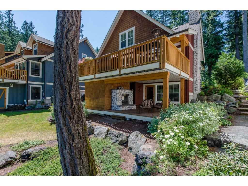 Detached at 1752 PAINTED WILLOW PLACE, Cultus Lake, British Columbia. Image 14