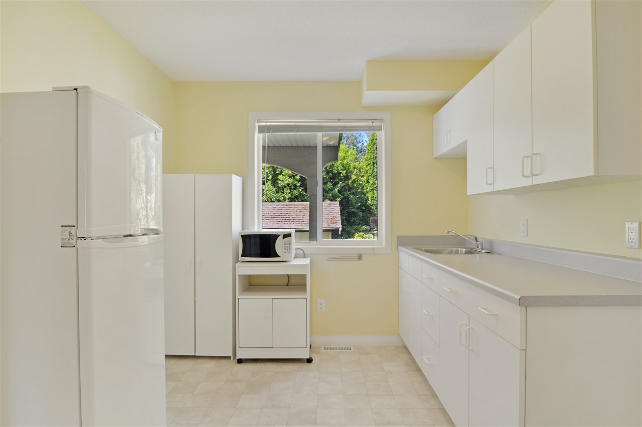 Detached at 1567 129TH STREET, South Surrey White Rock, British Columbia. Image 16