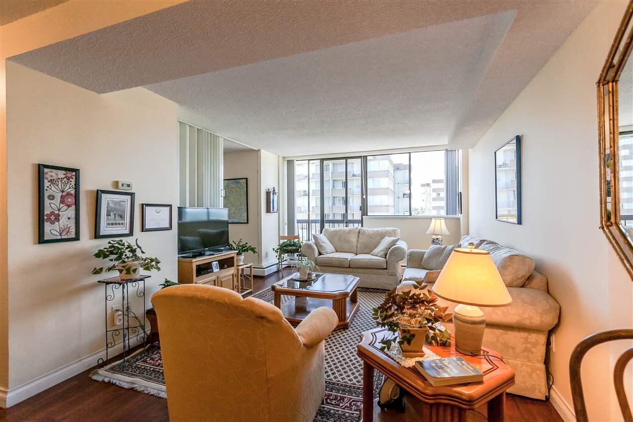 Condo Apartment at 1202 620 SEVENTH AVENUE, Unit 1202, New Westminster, British Columbia. Image 7