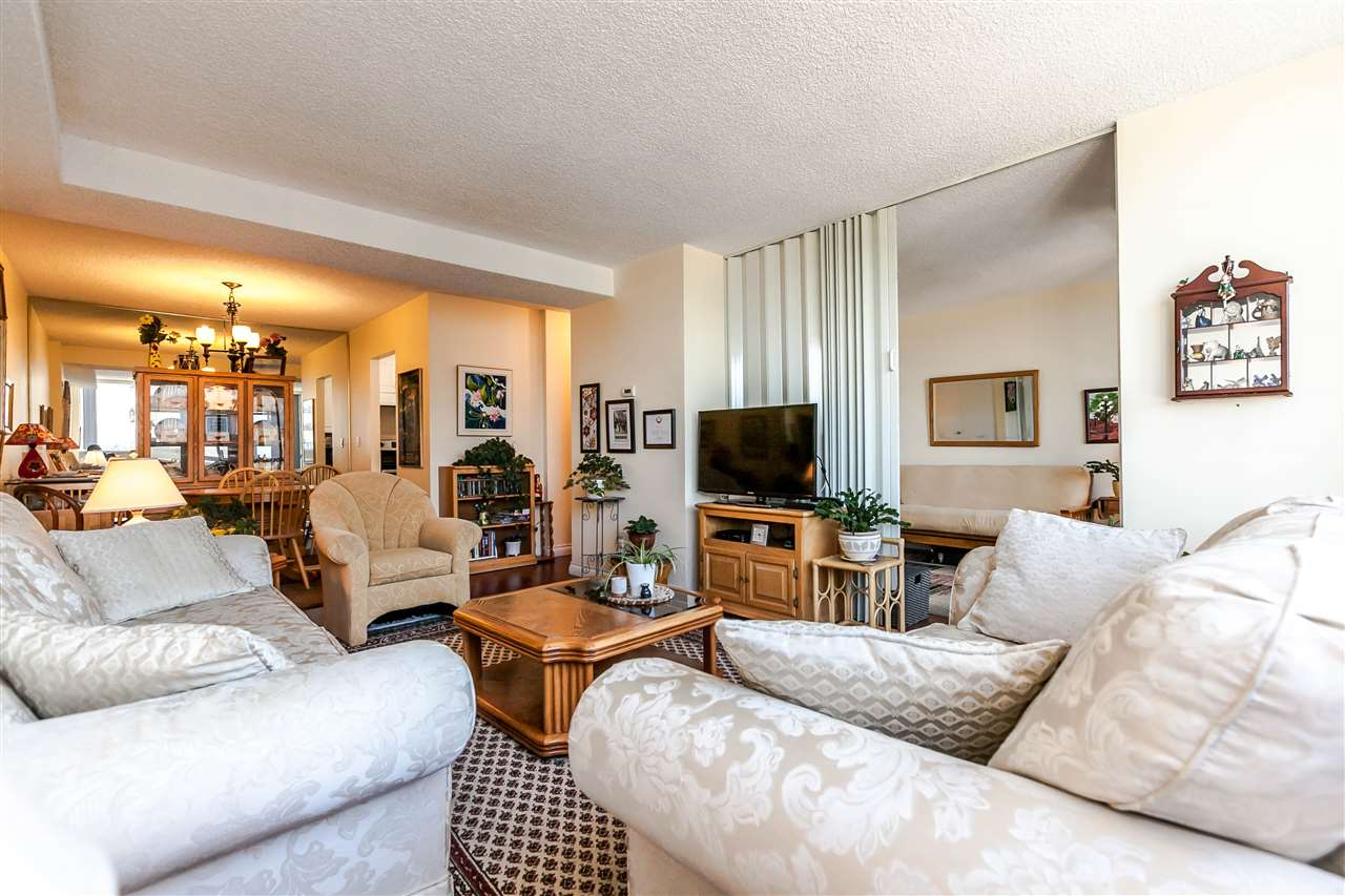 Condo Apartment at 1202 620 SEVENTH AVENUE, Unit 1202, New Westminster, British Columbia. Image 9