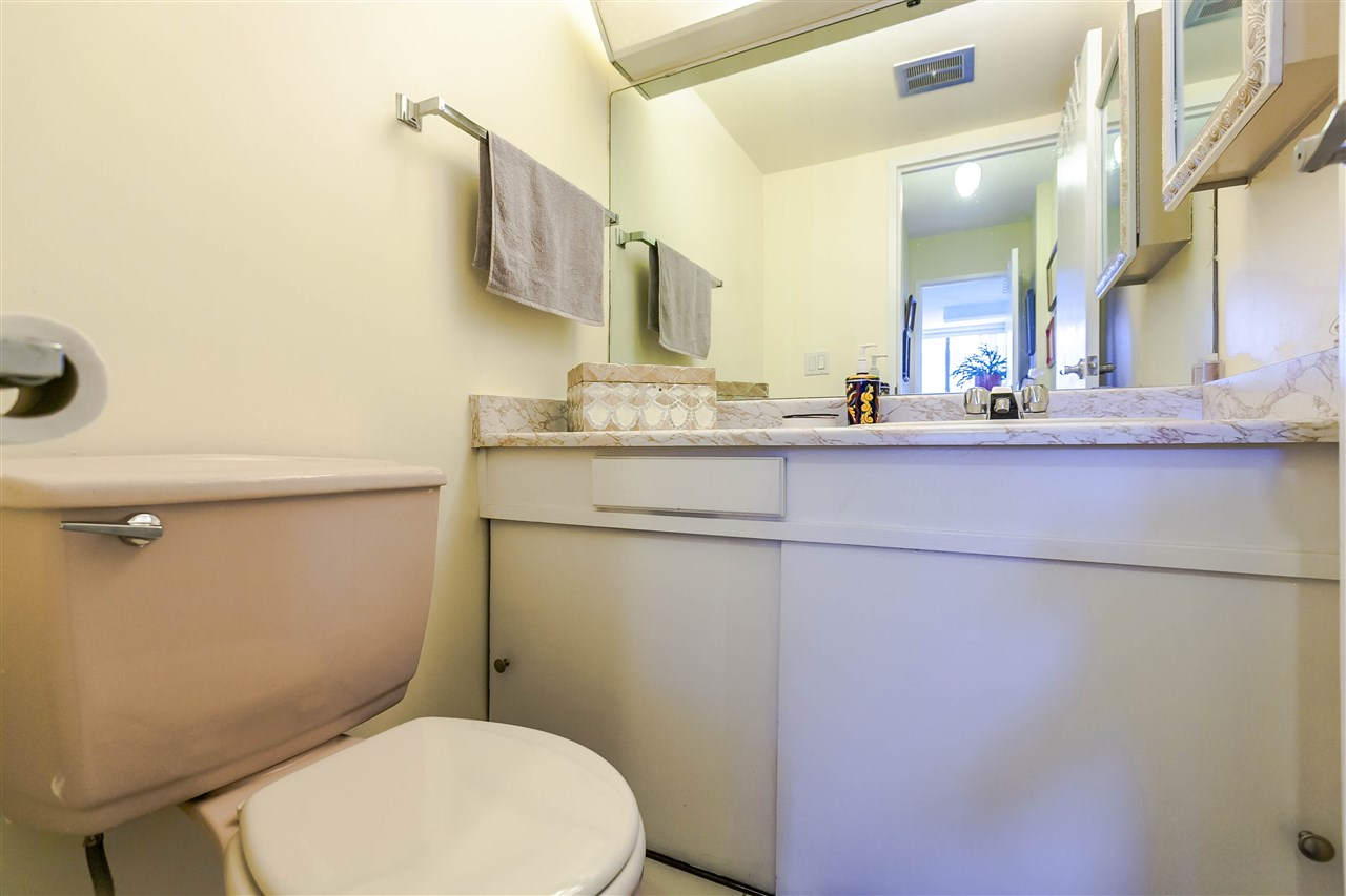 Condo Apartment at 1202 620 SEVENTH AVENUE, Unit 1202, New Westminster, British Columbia. Image 11
