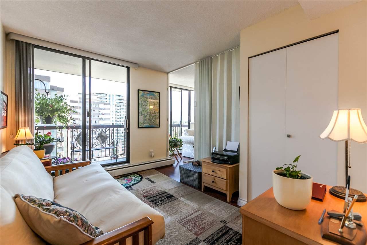 Condo Apartment at 1202 620 SEVENTH AVENUE, Unit 1202, New Westminster, British Columbia. Image 14