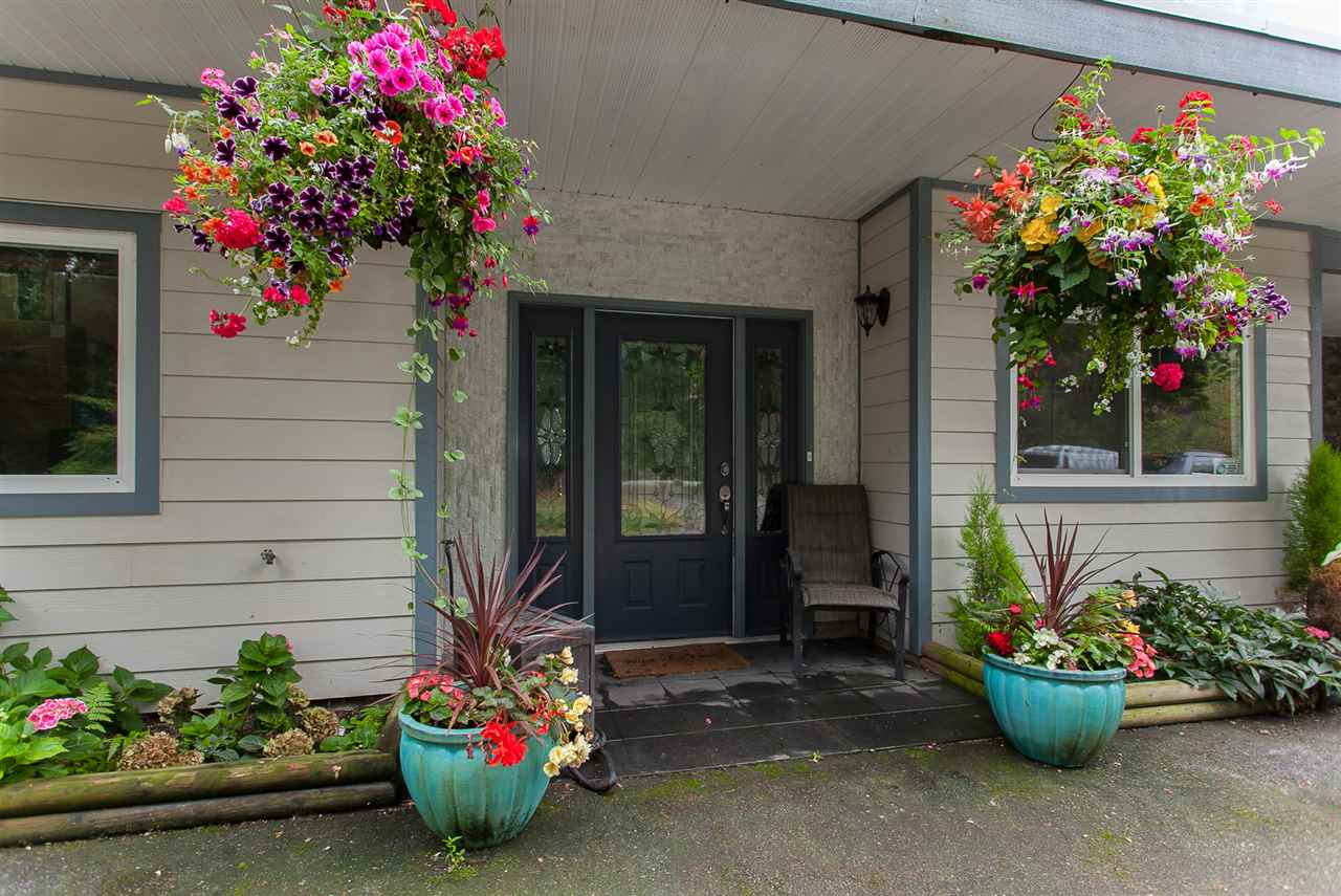 Detached at 26436 13 AVENUE, Langley, British Columbia. Image 2