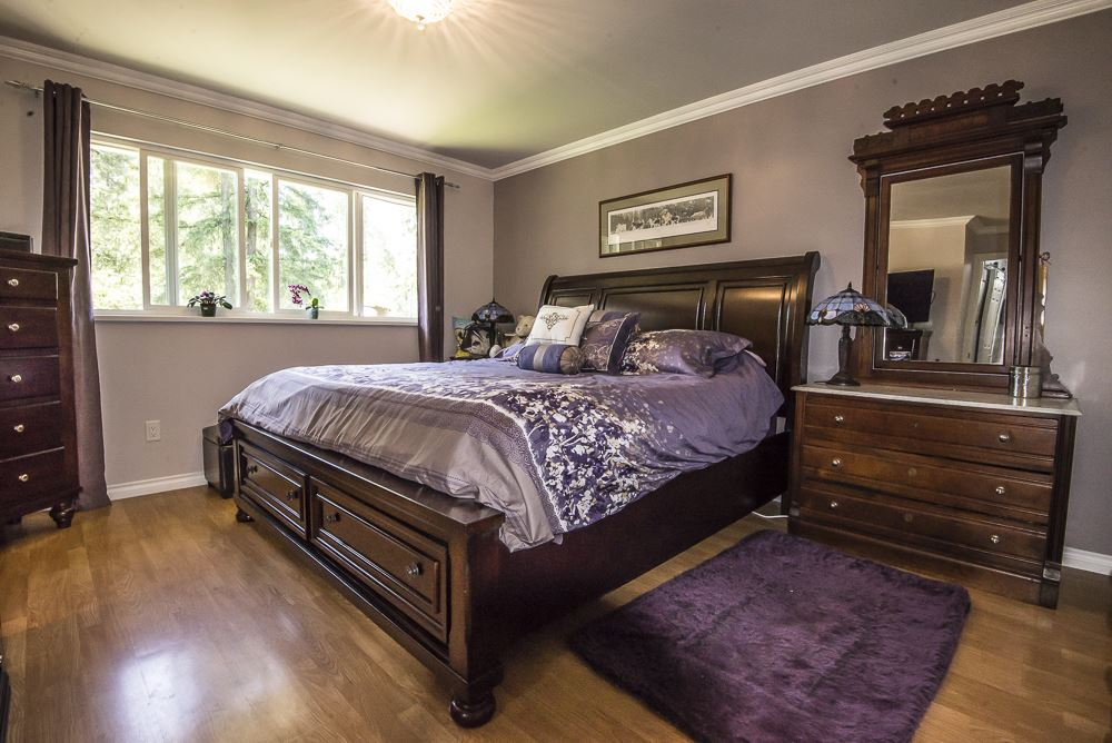 Detached at 26436 13 AVENUE, Langley, British Columbia. Image 11
