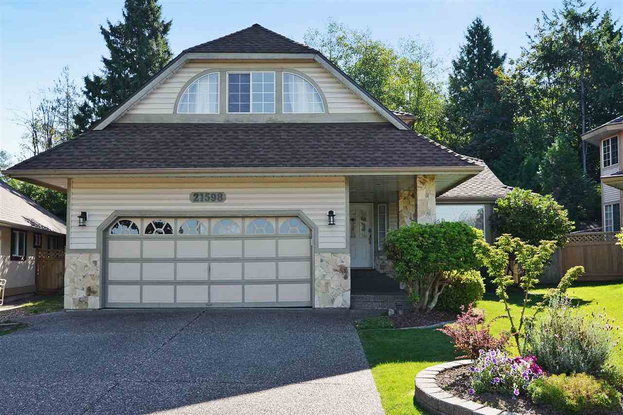 Detached at 21598 87 AVENUE, Langley, British Columbia. Image 2