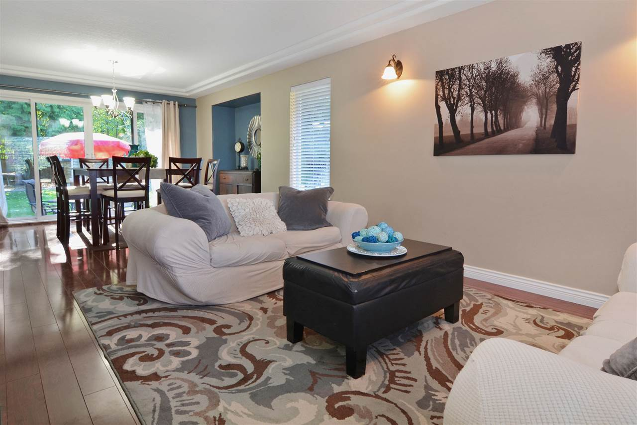 Detached at 21598 87 AVENUE, Langley, British Columbia. Image 4