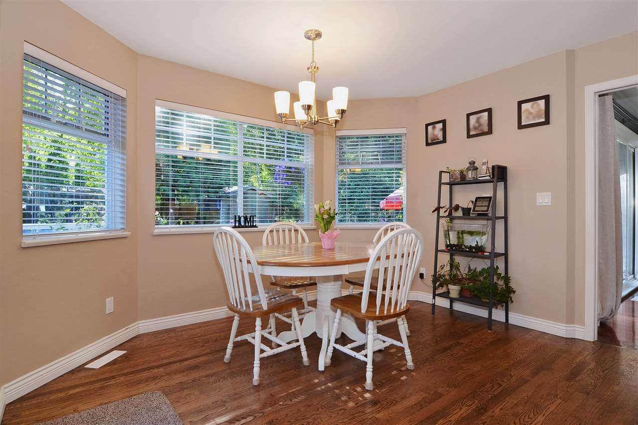 Detached at 21598 87 AVENUE, Langley, British Columbia. Image 10