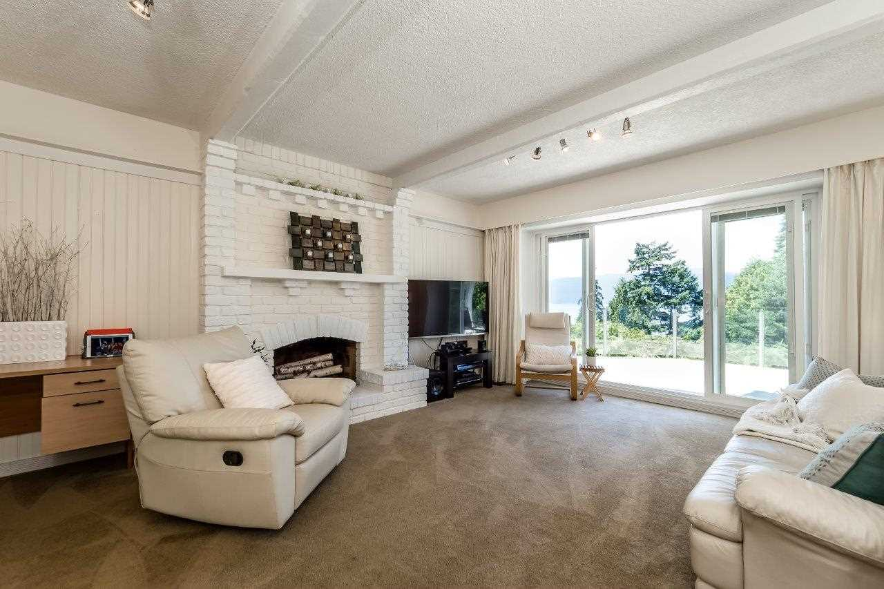 Detached at 5380 MARINE DRIVE, West Vancouver, British Columbia. Image 10