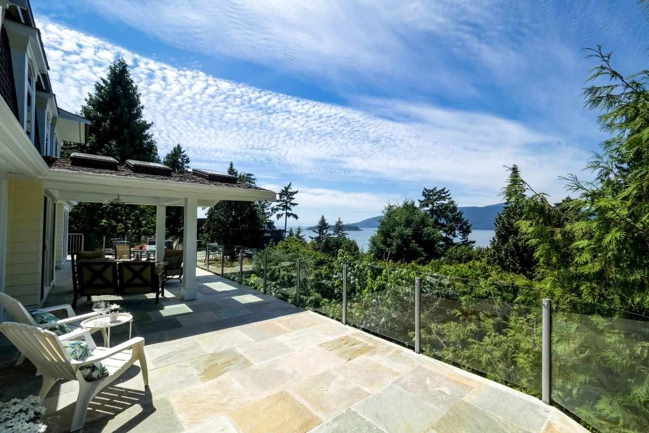 Detached at 5380 MARINE DRIVE, West Vancouver, British Columbia. Image 17