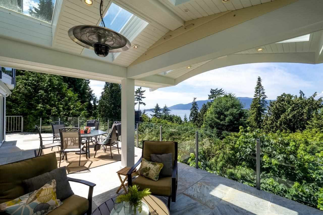 Detached at 5380 MARINE DRIVE, West Vancouver, British Columbia. Image 18