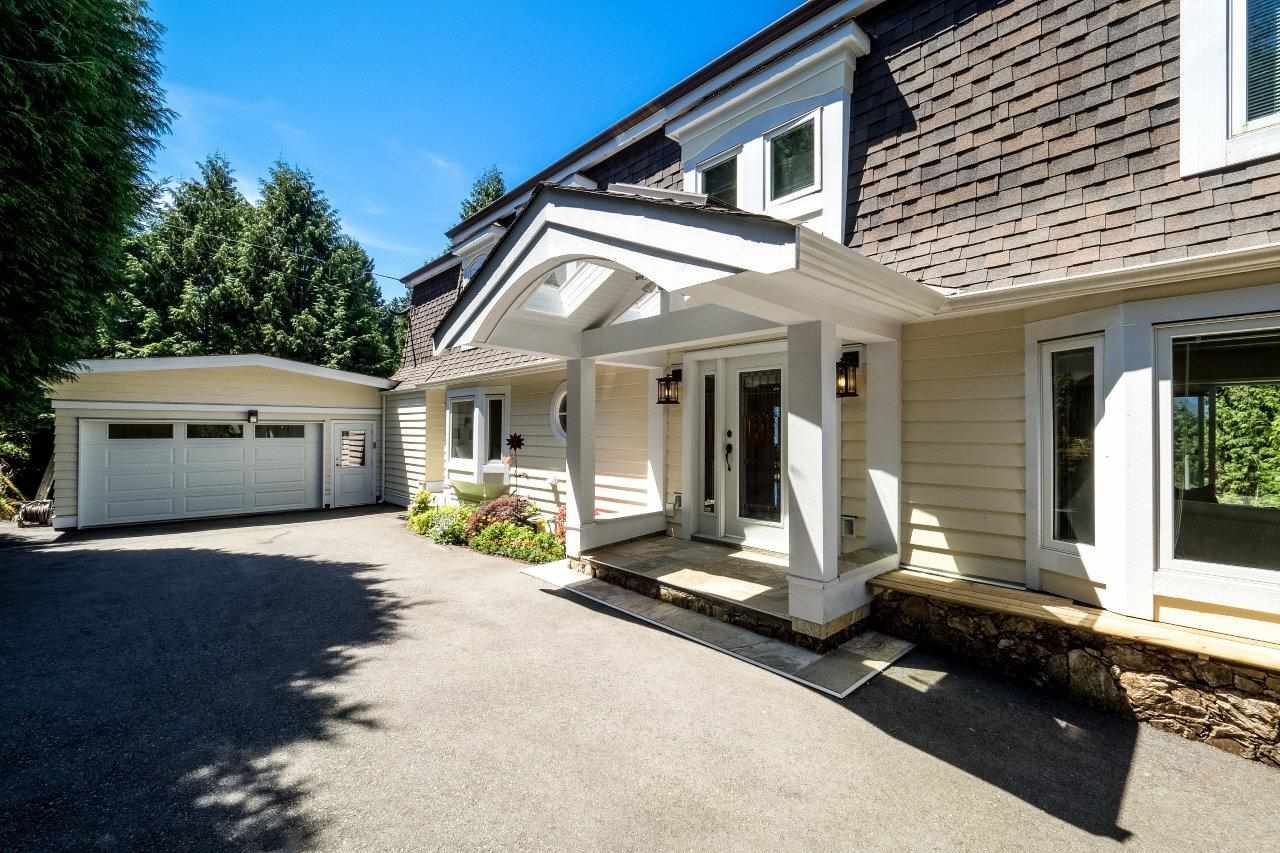 Detached at 5380 MARINE DRIVE, West Vancouver, British Columbia. Image 19
