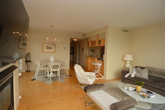 Condo Apartment at 2205 1483 HOMER STREET, Unit 2205, Vancouver West, British Columbia. Image 7