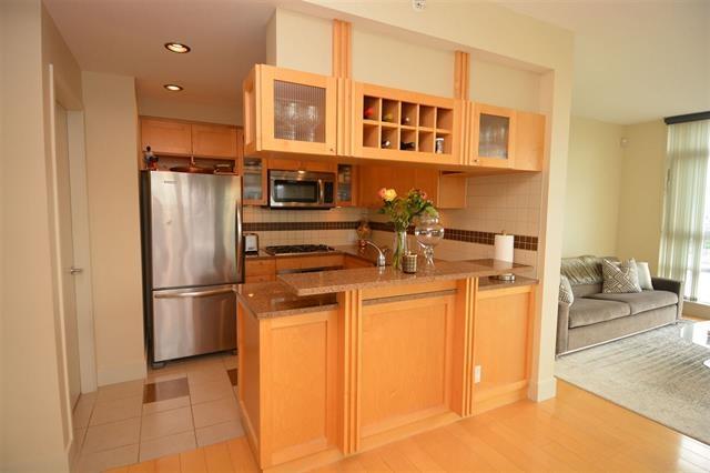 Condo Apartment at 2205 1483 HOMER STREET, Unit 2205, Vancouver West, British Columbia. Image 10