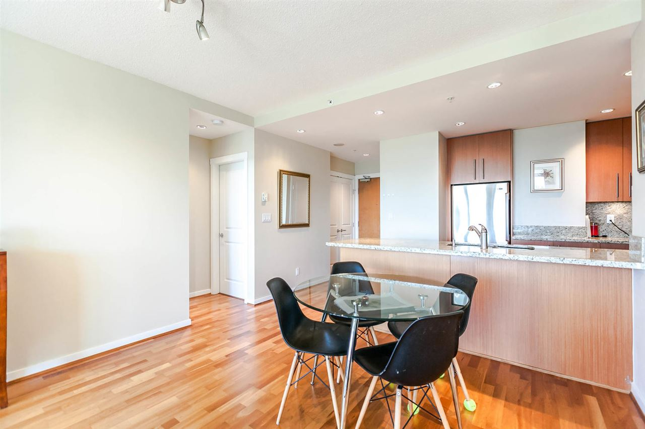 Condo Apartment at 903 2688 WEST MALL, Unit 903, Vancouver West, British Columbia. Image 5