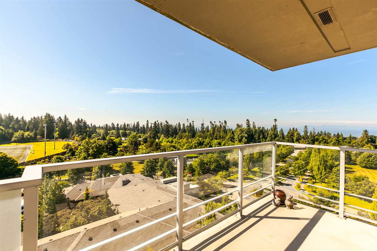 Condo Apartment at 903 2688 WEST MALL, Unit 903, Vancouver West, British Columbia. Image 12