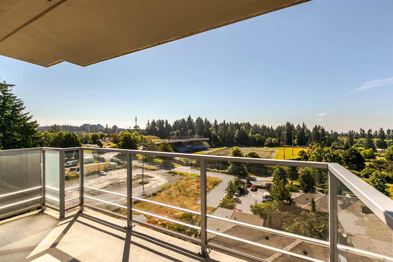 Condo Apartment at 903 2688 WEST MALL, Unit 903, Vancouver West, British Columbia. Image 13