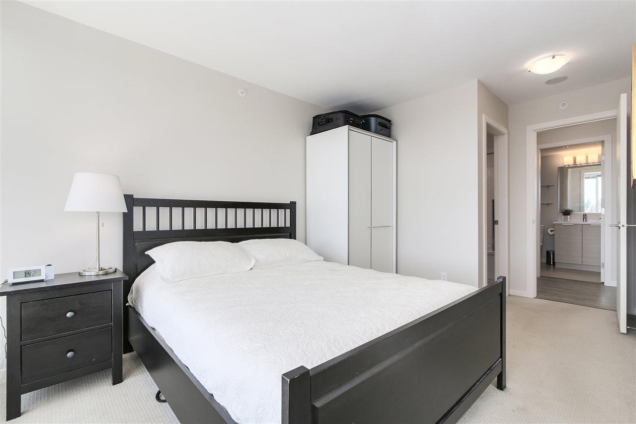 Condo Apartment at 605 13303 103A AVENUE, Unit 605, North Surrey, British Columbia. Image 9