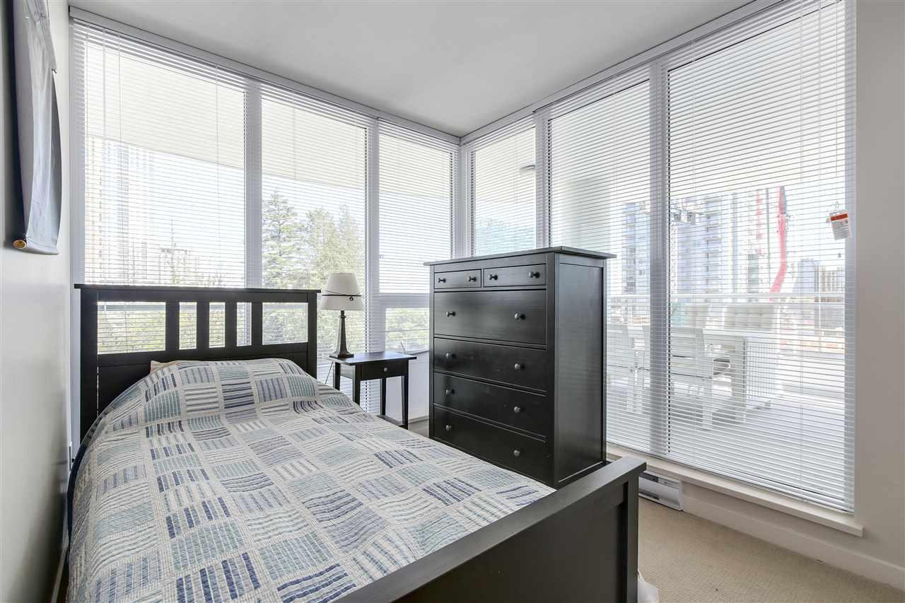 Condo Apartment at 605 13303 103A AVENUE, Unit 605, North Surrey, British Columbia. Image 12
