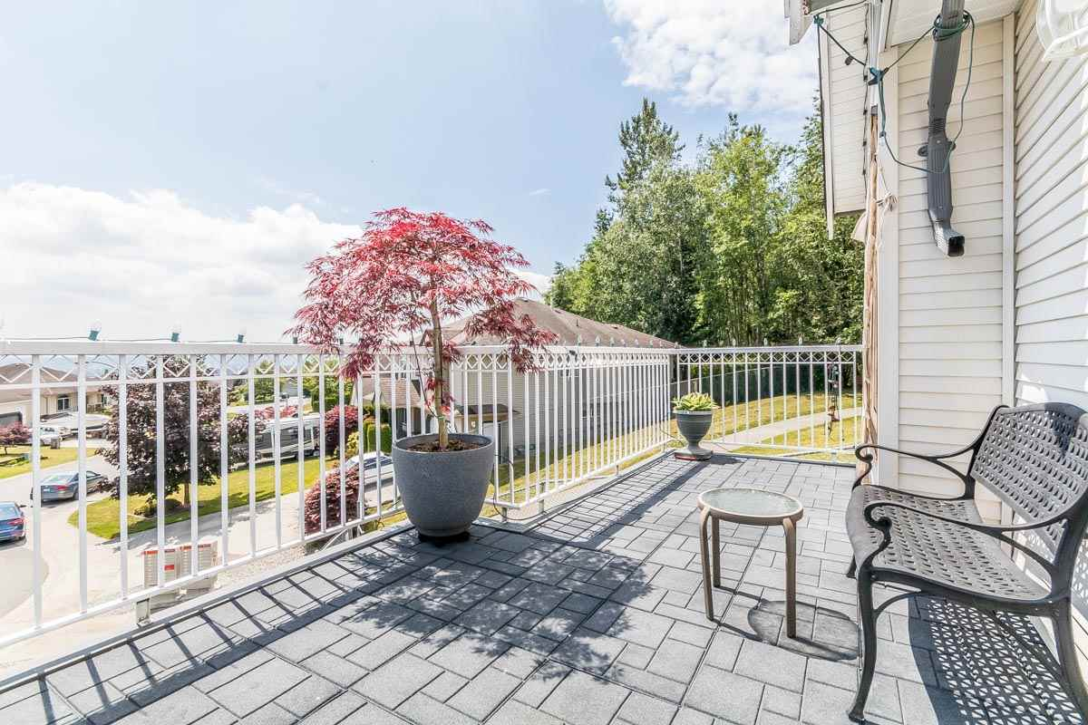 Detached at 33729 GREWALL CRESCENT, Mission, British Columbia. Image 6