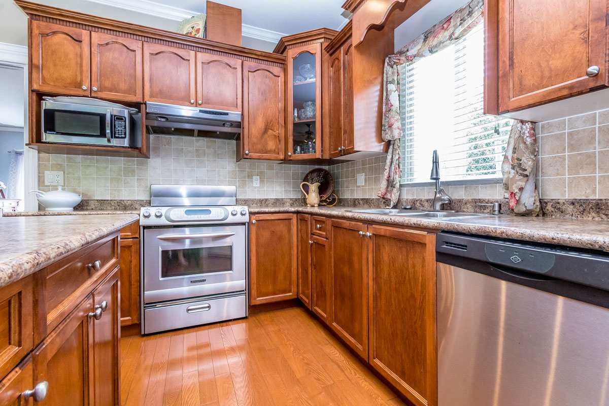Detached at 33729 GREWALL CRESCENT, Mission, British Columbia. Image 10
