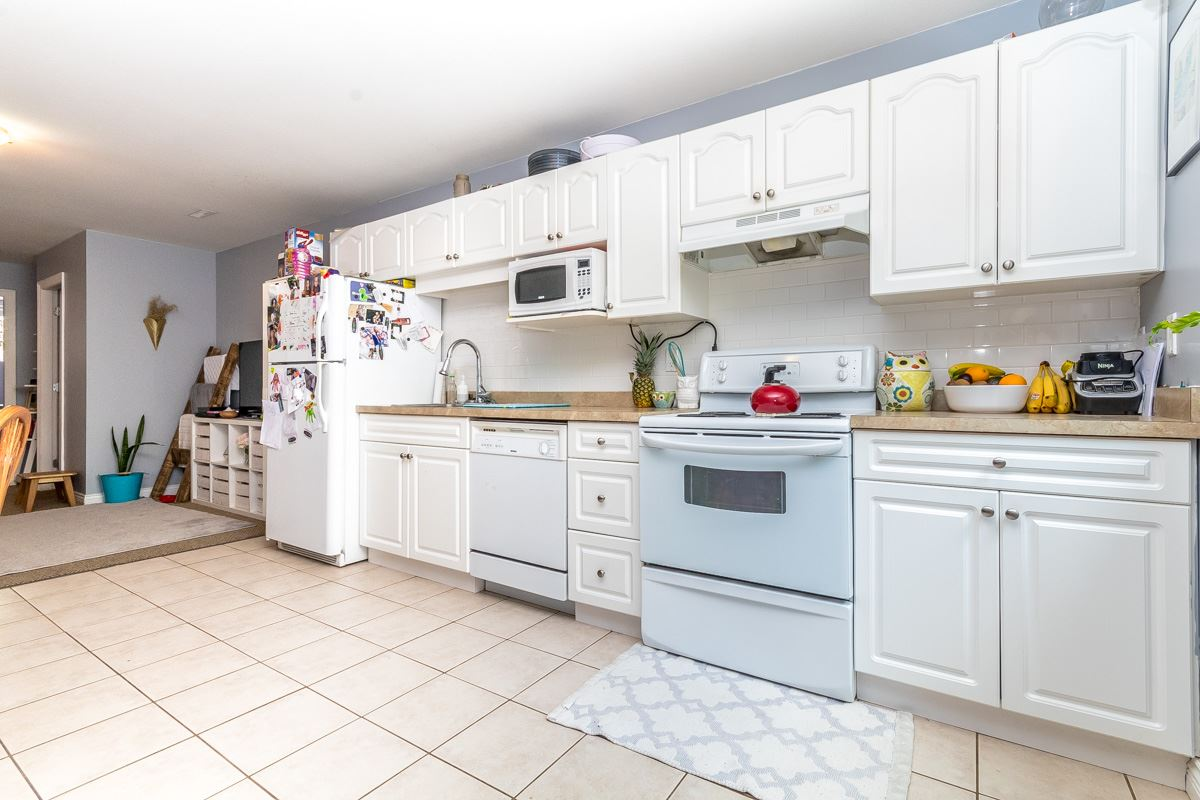 Detached at 33729 GREWALL CRESCENT, Mission, British Columbia. Image 17