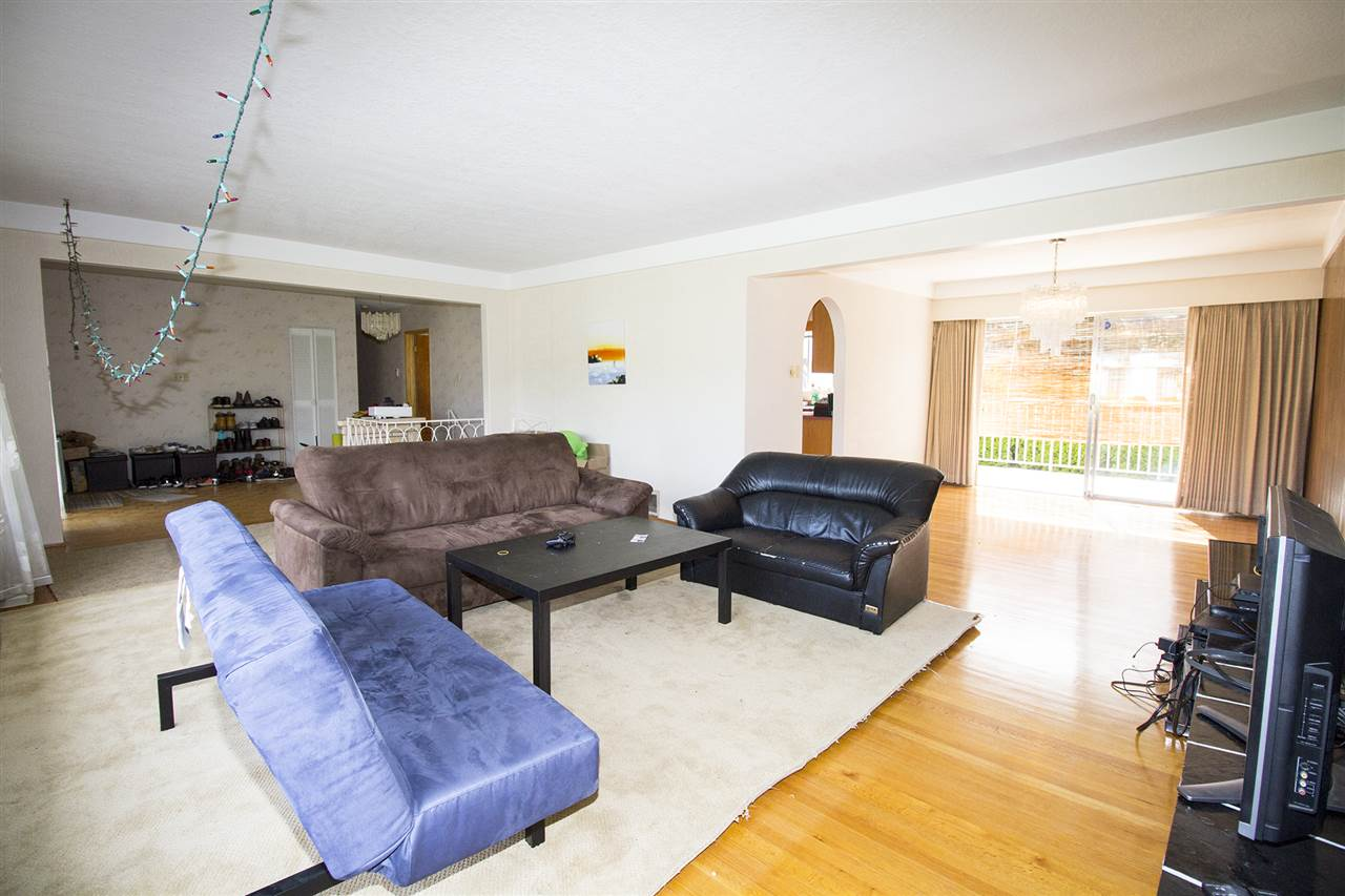 Detached at 4875 YEW STREET, Vancouver West, British Columbia. Image 3