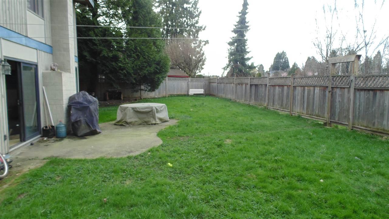Detached at 12870 CARLUKE CRESCENT, Surrey, British Columbia. Image 15