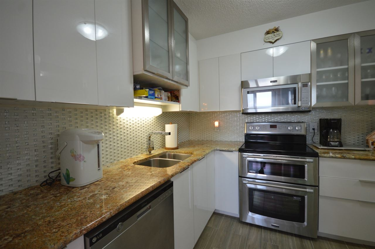 Condo Apartment at 2205 4160 SARDIS STREET, Unit 2205, Burnaby South, British Columbia. Image 2