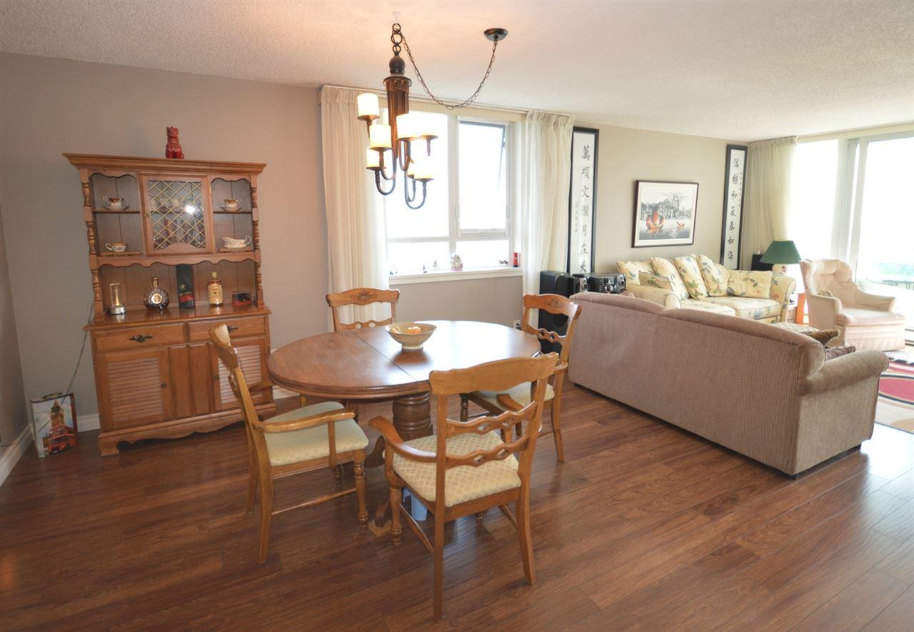 Condo Apartment at 2205 4160 SARDIS STREET, Unit 2205, Burnaby South, British Columbia. Image 8