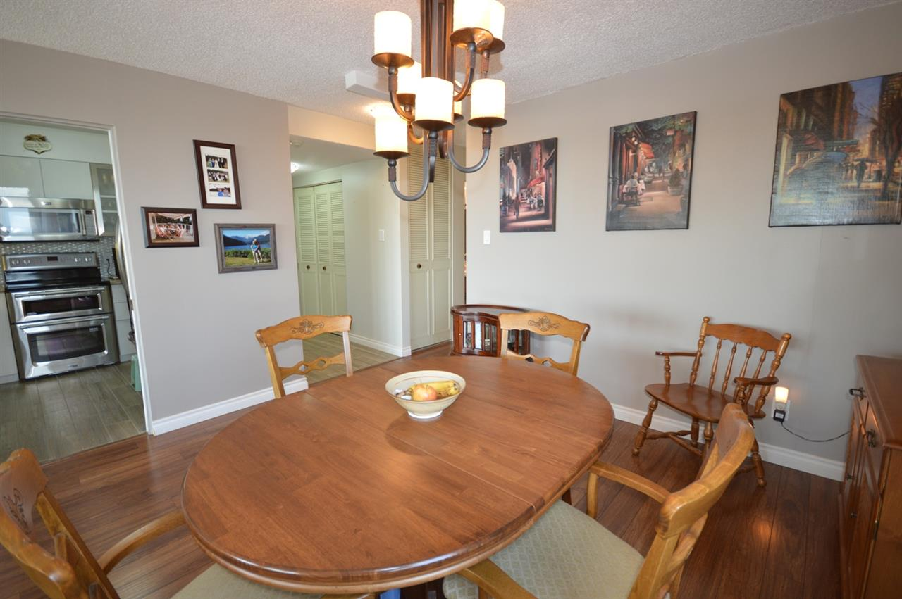 Condo Apartment at 2205 4160 SARDIS STREET, Unit 2205, Burnaby South, British Columbia. Image 9