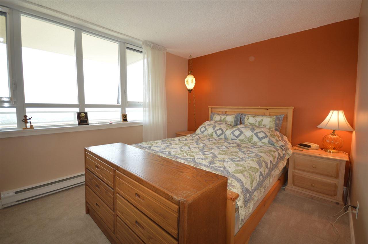 Condo Apartment at 2205 4160 SARDIS STREET, Unit 2205, Burnaby South, British Columbia. Image 13