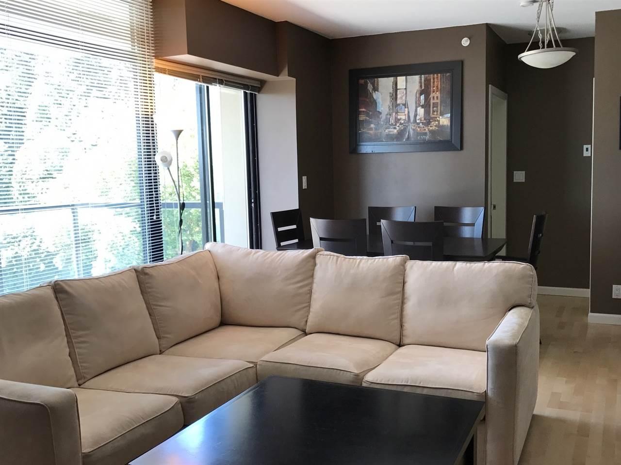 Condo Apartment at 802 15 E ROYAL AVENUE, Unit 802, New Westminster, British Columbia. Image 4