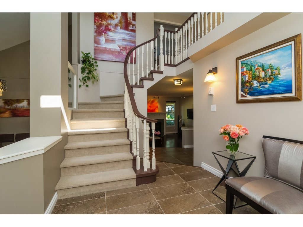 Detached at 2145 150A STREET, South Surrey White Rock, British Columbia. Image 2