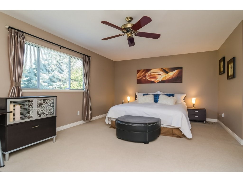 Detached at 2145 150A STREET, South Surrey White Rock, British Columbia. Image 13