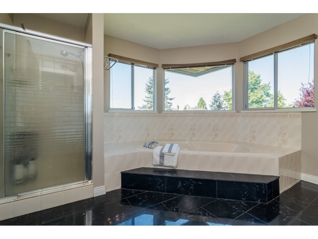 Detached at 2145 150A STREET, South Surrey White Rock, British Columbia. Image 15