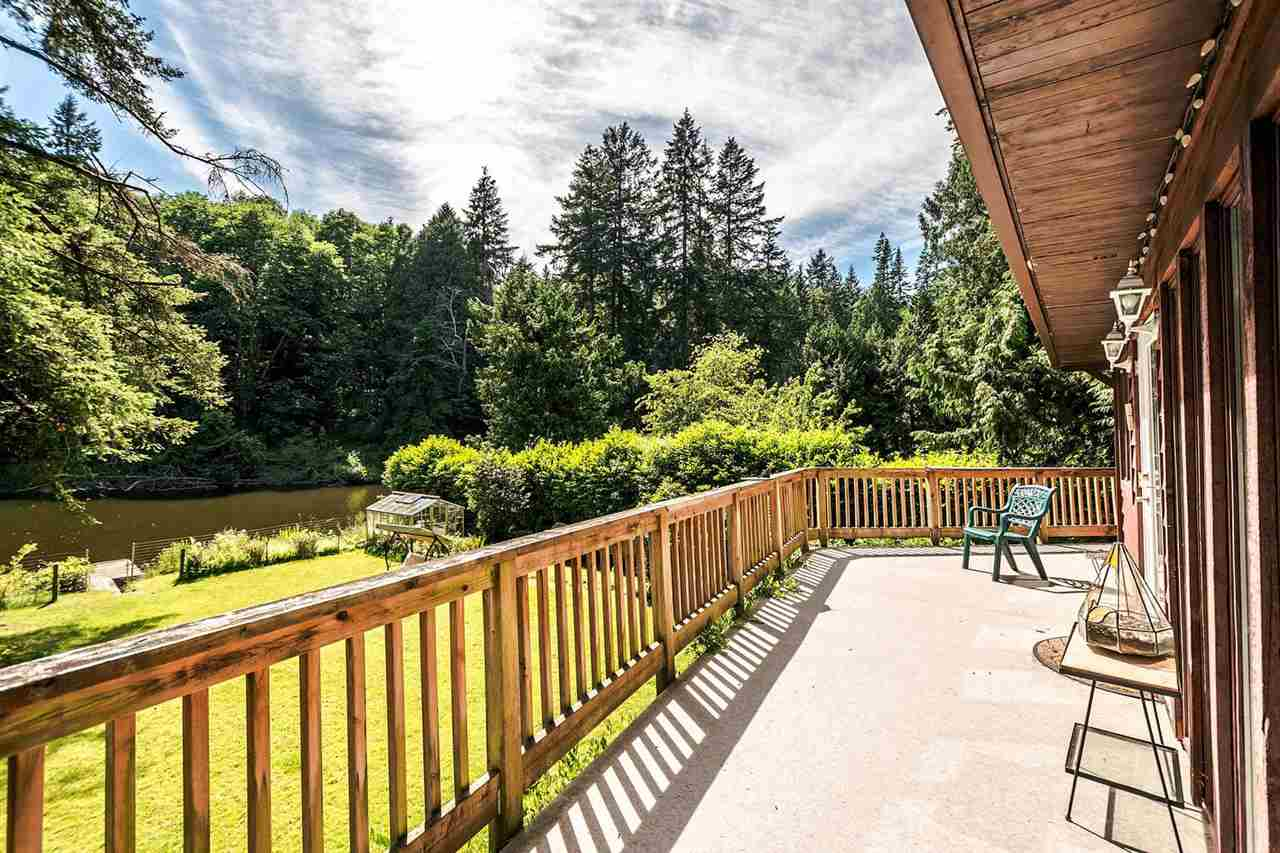 Detached at 473 MELMORE ROAD, Bowen Island, British Columbia. Image 9