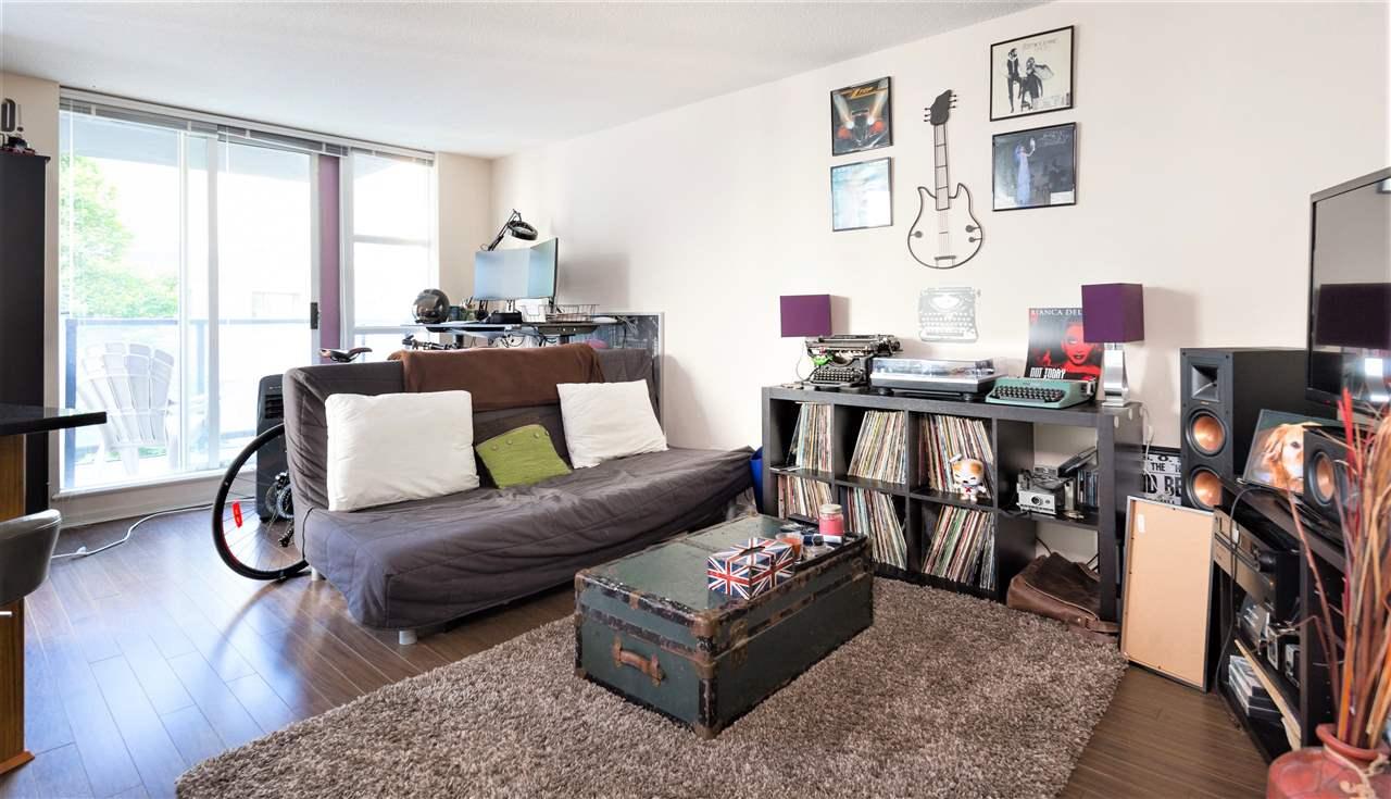 Condo Apartment at 202 1199 SEYMOUR STREET, Unit 202, Vancouver West, British Columbia. Image 2