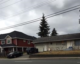 Detached at 32165 HILLCREST AVENUE, Abbotsford, British Columbia. Image 2