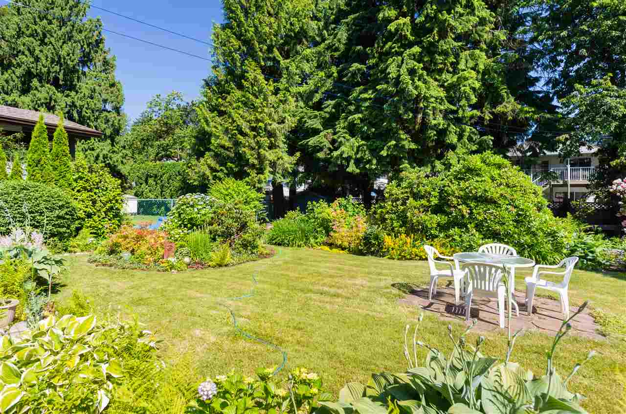 Detached at 1829 SUFFOLK AVENUE, Port Coquitlam, British Columbia. Image 16