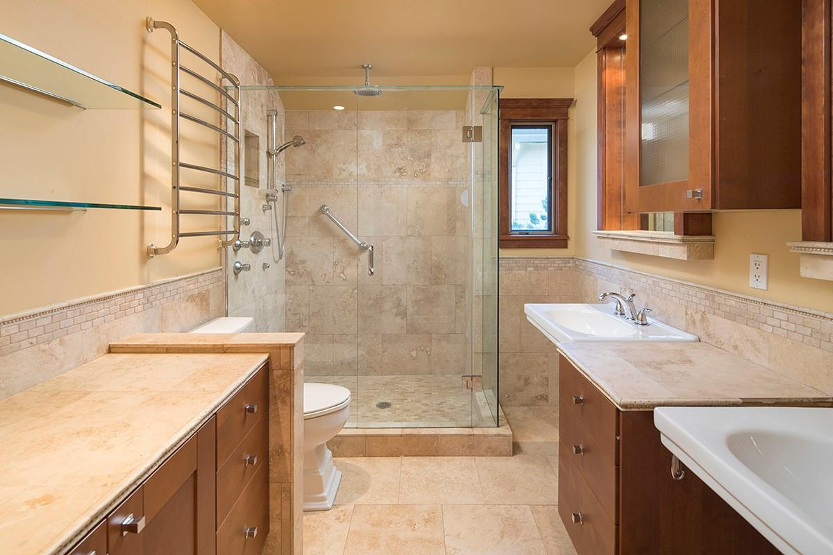 Detached at 4798 MEADFEILD ROAD, West Vancouver, British Columbia. Image 16